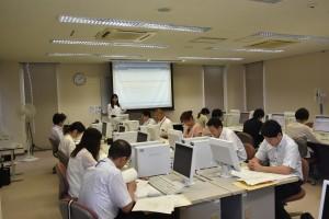 全国農業新聞業務システムの研修を受ける農業委員会職員